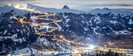 Beleuchtete Rodelbahn am Wildkogel im Salzburger Land