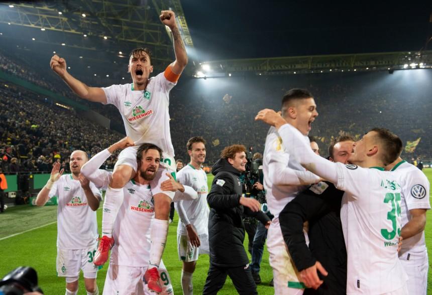 Dfb Pokal Dortmund Scheitert An Werder Bremen Sport Suddeutsche De