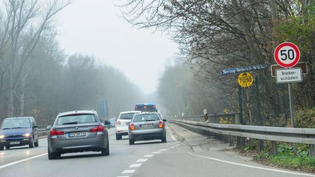Föhringer Ring Herzog-Heinrich-Brücke