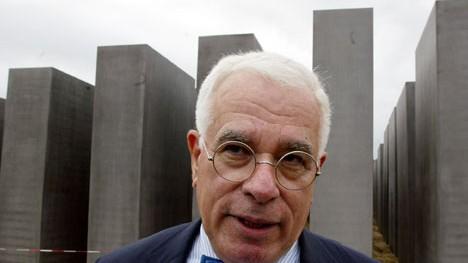 Das Holocaust-Mahnmal in Berlin wird fertig
