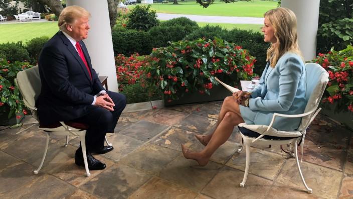 Donald Trump, Ainsley Earhardt