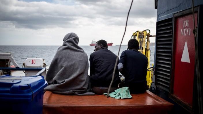 Flüchtlinge auf der Sea Watch 3