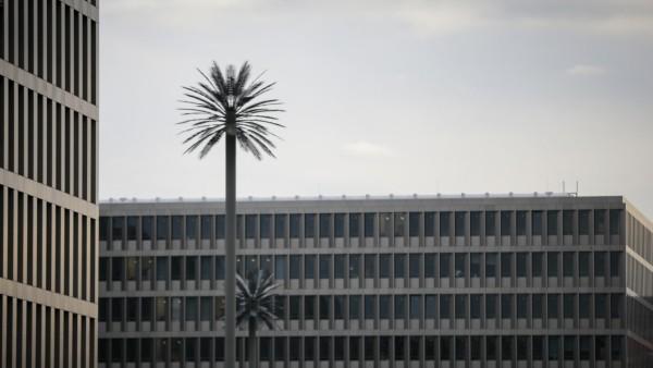Vor der Eröffnung der neuen Zentrale des Bundesnachrichtendienst