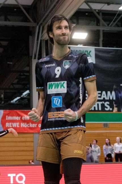 Nicholas Bernhard WEST 9 HER Volleyball TSV Herrsching HER TV Rottenburg ROT Bundesliga