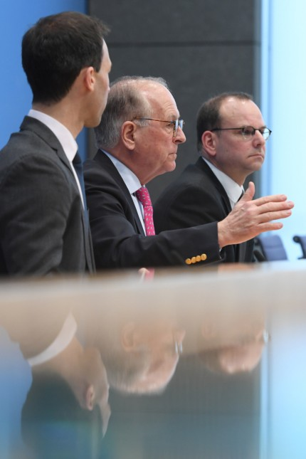 News conference with MSC chairman Ischinger