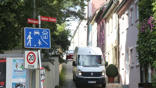 Freising Alles zugeparkt