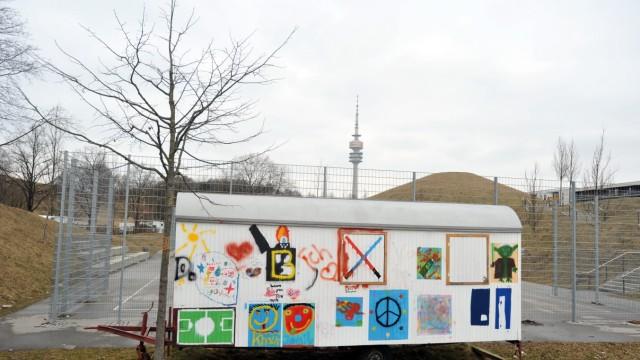 Bauwagen als Kinder- und Jugendtreff in München, 2012