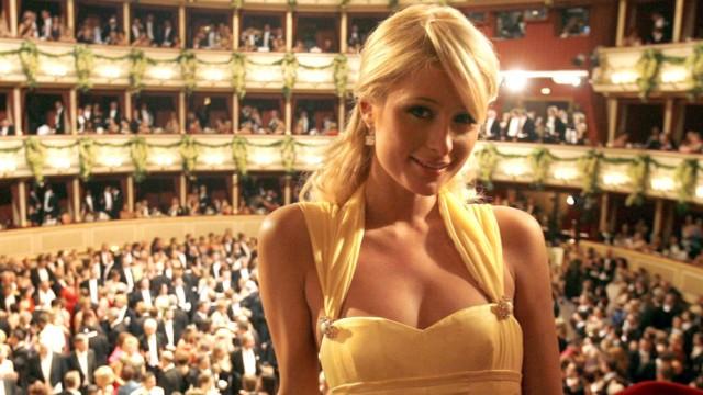 Opernball in Wien - Paris Hilton