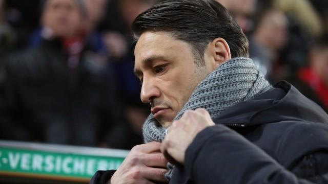 FC Bayern - Trainer Niko Kovac beim Bundesliga-Spiel gegen den FC Augsburg