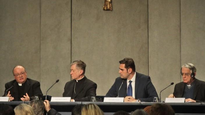 Vatikan Missbrauchsgipfel Pressekonferenz