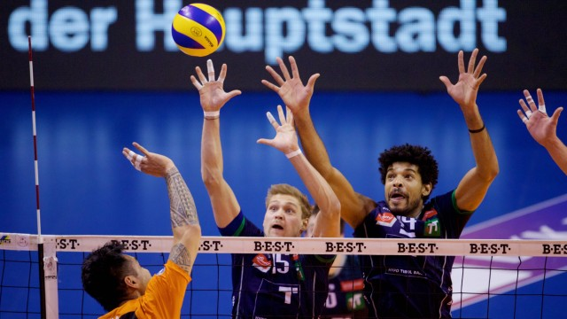 Volleyball Berlin 20 02 2019 Bundesliga Herren Max Schmeling Halle BERLIN RECYCLING Volleys geg Hypo; Volleyball