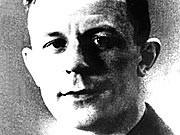 Zuerst Nazi, dann BKA-Referatsleiter: Theo Saevecke in Uniform eines SS-Hauptsturmführers ddp
