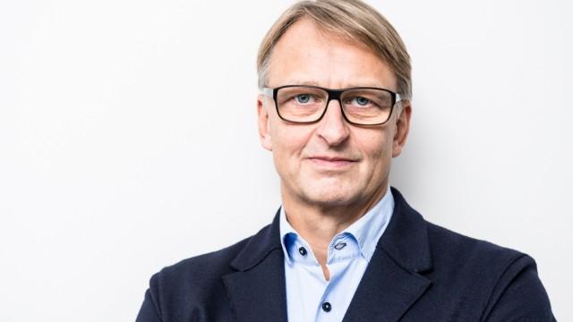 Alexander Carius von der Berliner Denkfabrik adelphi
