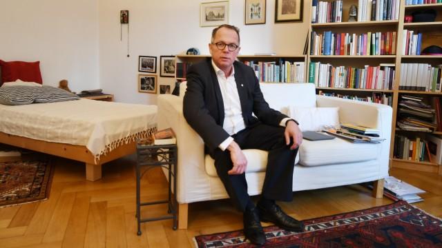 Jesuitenpater Buchautor Andreas Batlogg Krebs
