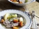 Essigfleisch Schweinefleisch Kartoffeln Karotten Moehren Meerrettich bayerisches