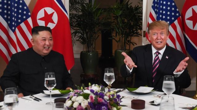 Kim Trump Hanoi