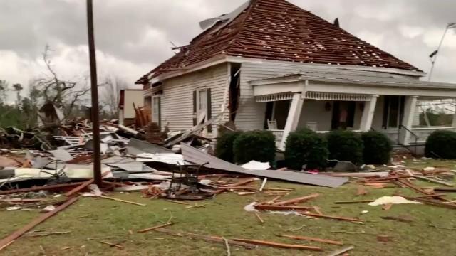 Tornado USA Alabama Georgia