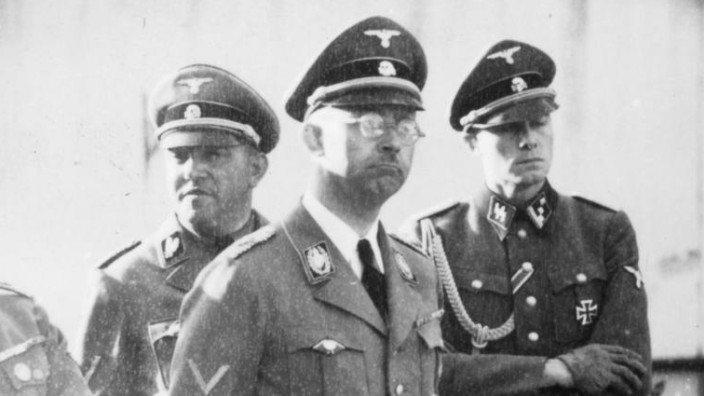 Metz, Heinrich Himmler; SS-Chef Heinrich Himmler mit Sepp Dietrich und Joachim Peiper