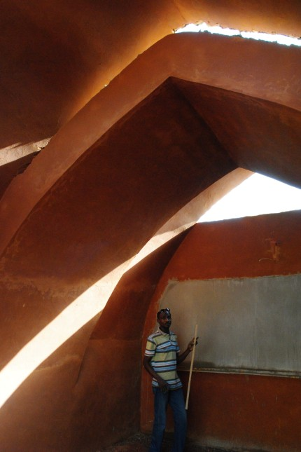 Odile Vandermeeren, Schneiderschule in Niamey