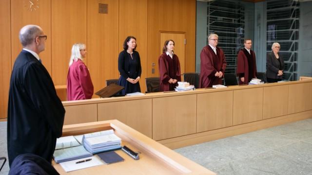 Bundesarbeitsgericht zu Sonderstatus der katholischen Kirche