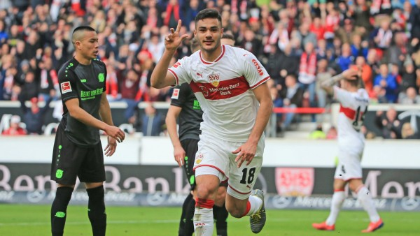 190304 STUTTAGRT March 4 2019 Stuttgart s Ozan Kabak R celebrates his second goal durin