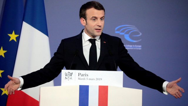 French President Emmanuel Macron delivers a speech during the closing session of the Intelligence College in Europe meeting at the Foreign Affairs Ministry in Paris