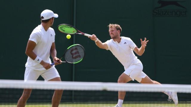 ANDREAS MIES mit Kappe und KEVIN KRAWIETZ beide GER Doppel Tennis Wimbledon 2018 Grand Sla; Tennis, TC Großhesselohe, Kevin Krawietz