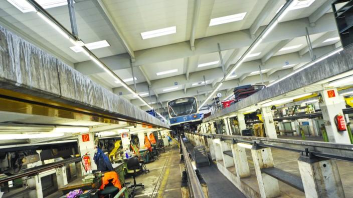 U-Bahn-Werkstatt der MVG in Fröttmaning, 2012