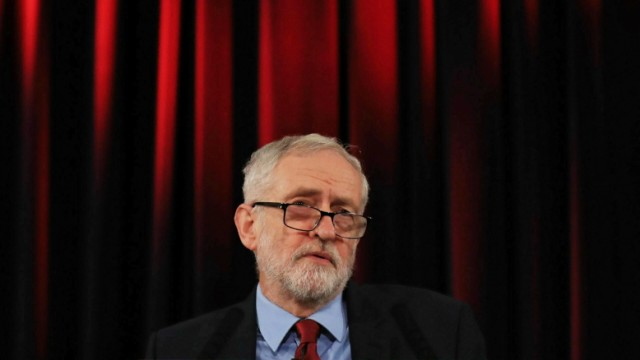 Labour-Chef Jeremy Corbyn 2019 in Hastings, England