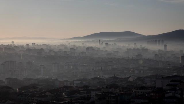 Türkei - Hauptstadt Istanbul im Nebel