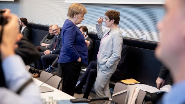 Streit zwischen SPD und Union über Zukunft der Regierung Merkel
