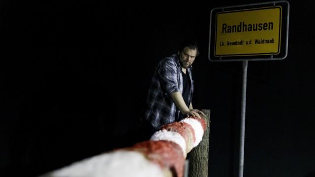 Staatstheater Nürnberg - 2018/2019 - Schauspiel - Am Rand (Ein Protokoll)