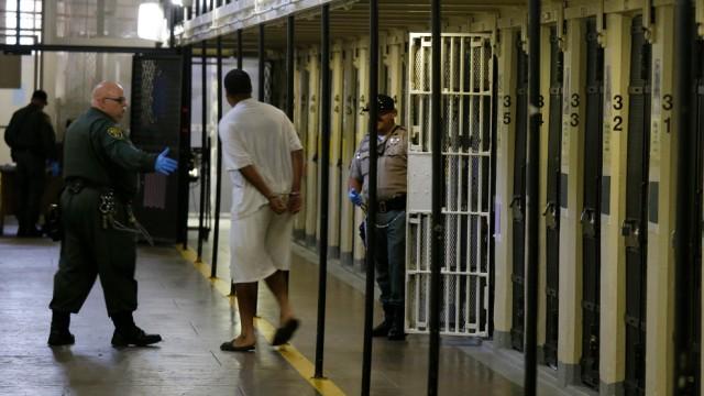 Todesstrafe in den USA - Todeszellen-Block im Gefängnis von San Quentin in Kalifornien