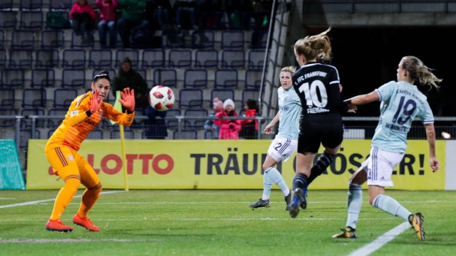 12 03 2019 xmkx Fussball Frauen DFB Pokal Viertelfinale 1 FFC Frankfurt FC Bayern Muenchen v l