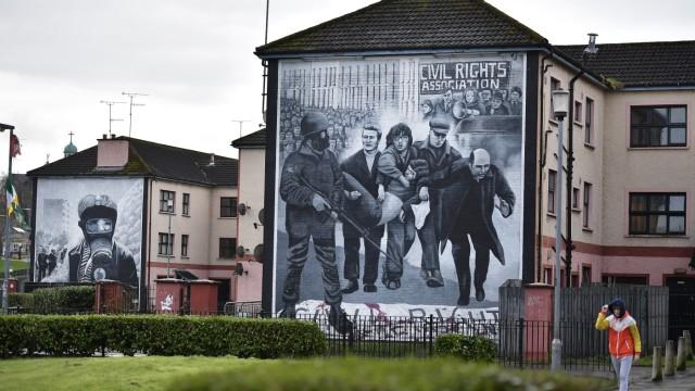 Ein Wandbild in Londonderry