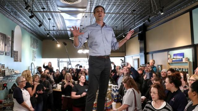 Beto O'Rourke campaigns in Burlington