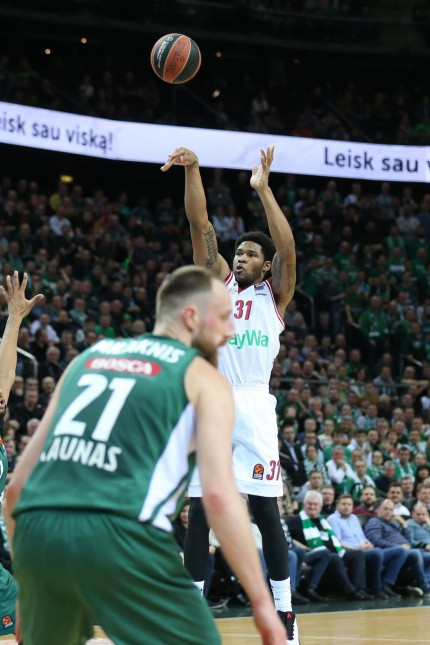 beim Wurf Devin Booker 31 FC Bayern Basketball Zalgiris Kaunas vs FC Bayern Basketball Basketb
