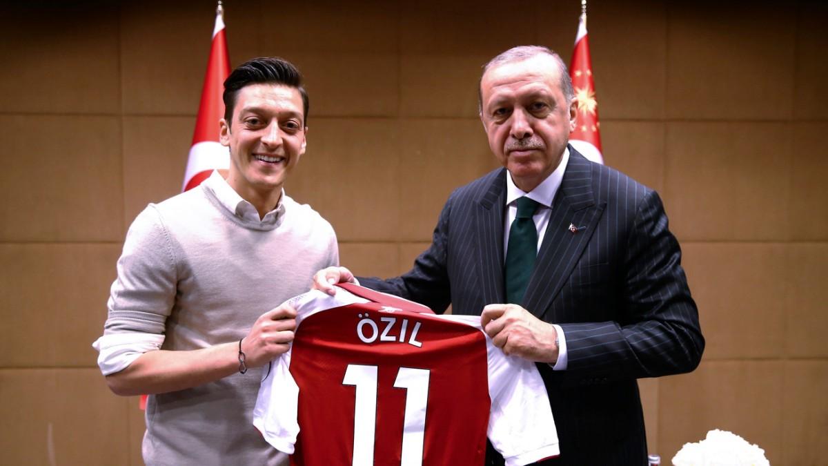 Uiguren-Politik der Türkei: Mesut Özil contra Erdoğan
