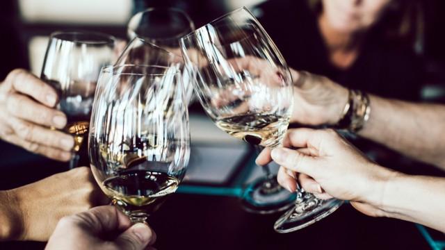 Medizin Meinung am Mittag: Schädlicher Alkoholkonsum
