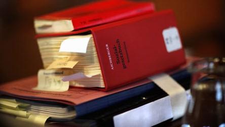 Sozialgesetzbuch, Bundesverfassungsgericht, Hartz IV