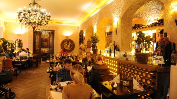 Griechisches Restaurant Griechisch Essen In München Süddeutschede