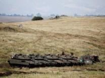 Golanhöhen - Israelische Panzer an der Grenze zu Syrien