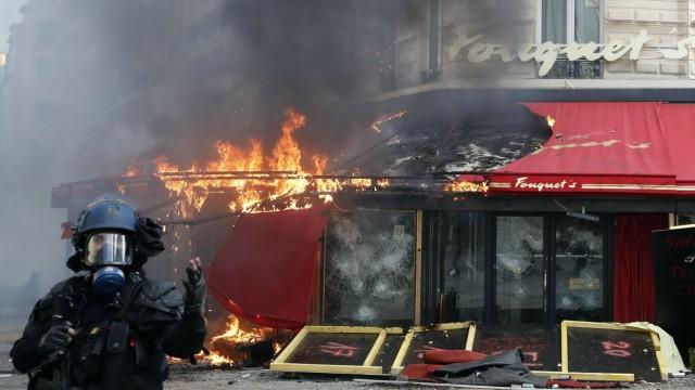 """'Gelbwesten""""-Proteste in Frankreich"""