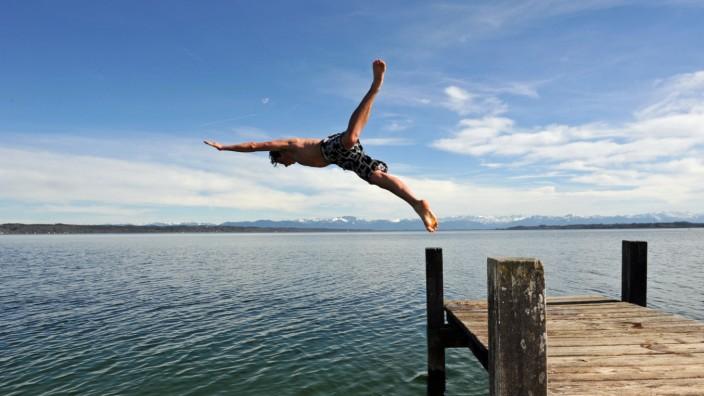 Sprung in den Starnberger See