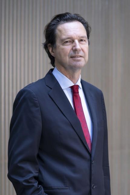 Alexander Kritikos, Forum