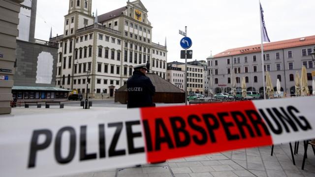 Rathaus in Augsburg evakuiert nach einer Bombendrohung