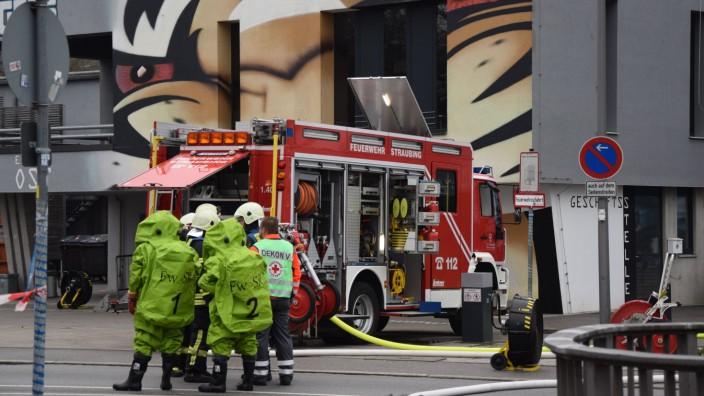 Straubing - Feuerwehr-Einsatz nach Ammoniak-Austritt im Eisstadion