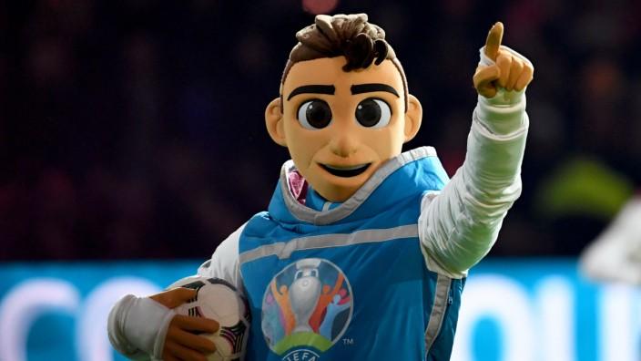 Skillzy, das offizielle Maskottchen der Fußball-EM 2020.