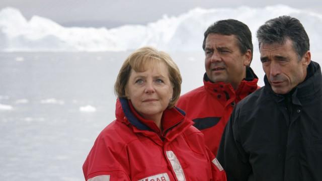 GERMANY-GREENLAND-DENMARK-MERKEL-RASMUSSEN