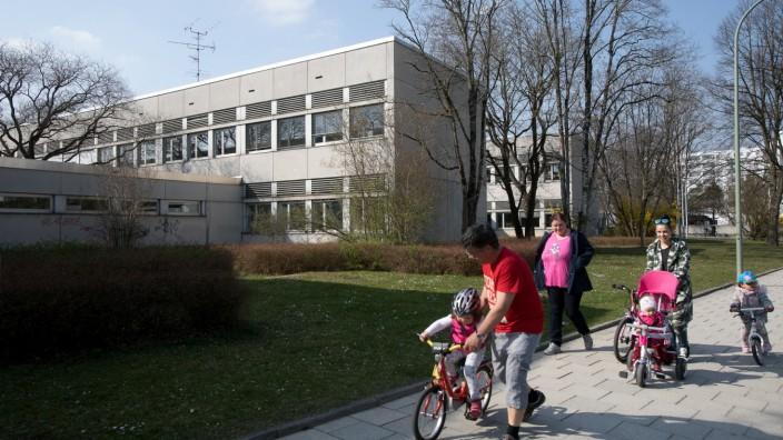 Eduard-Spranger-Schule im Hasenbergl PCB